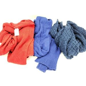 Lot of 3 winter knitted scarves